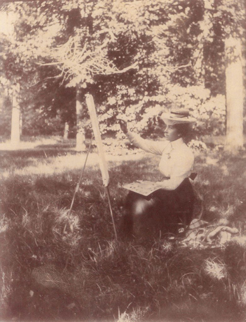 The Domburg female artist Mies (Elout-)Drabbe, painting outside in 1901.